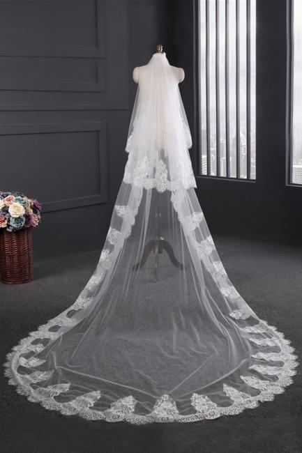 Langer Schleier mit Spitze | Brautschleier