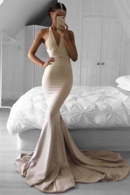 Champagner Lange Abendkleider Meerjungfrau Stil Neckholder Schleppe Abendmoden Abiballkleider Online