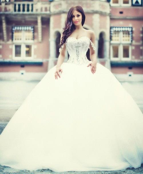 Prinzessin Brautkleider Mit Spitze Perlen Organza Hochzeitskleider Brautmoden