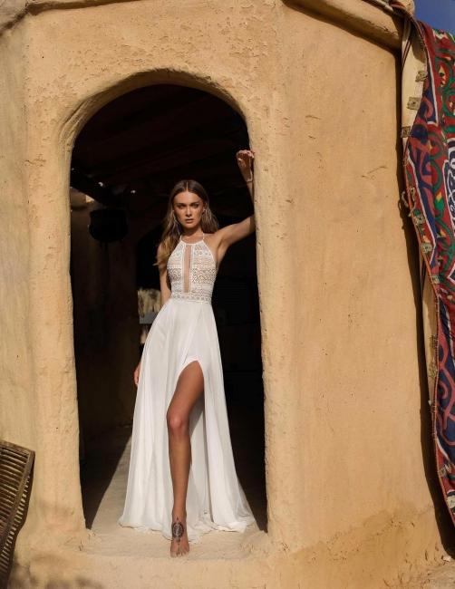 Schlichte Hochzeitskleid mit Spitze | Etuikleider Brautmoden Online