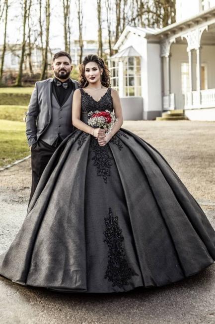 Black wedding dress princess | Unusual bridal fashion