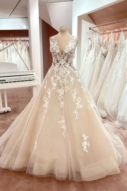 Simple wedding dress lace | Wedding dress V neckline A line
