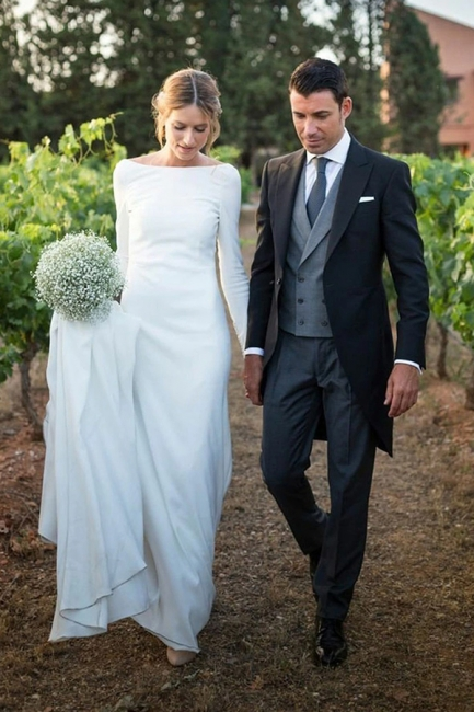 Beautiful wedding dresses Plain | Wedding dress with sleeves