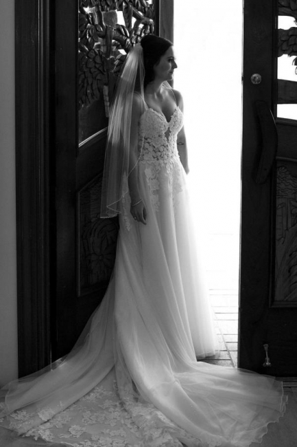 Elegant wedding dresses with lace | Wedding dresses cheap online