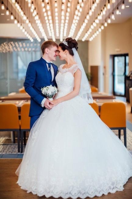 2021 Weiße Brautkleider Prinzessin V Auschnitt Organza Mit Spitze Brautmoden Online