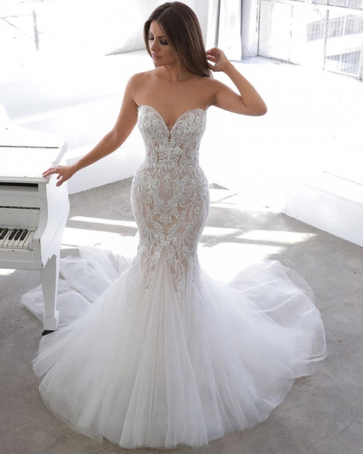 Elegant mermaid lace wedding dress | Buy wedding dresses online