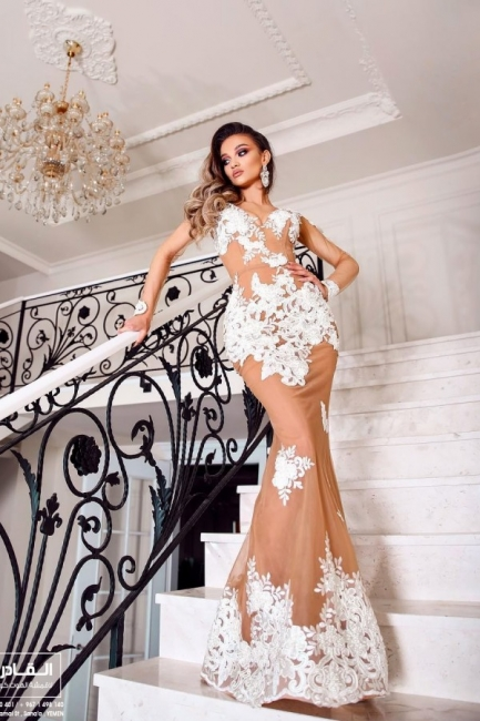 Beautiful evening dresses with sleeves | Long lace prom dresses