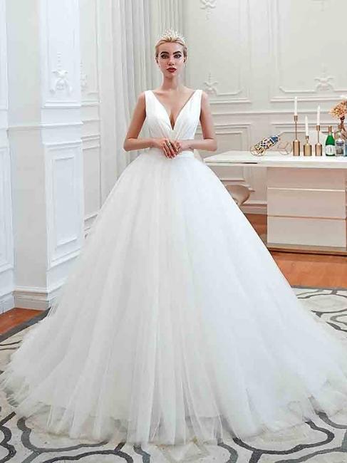Schlichte Hochzeitskleid V Ausschnitt | Brautmoden A Linie