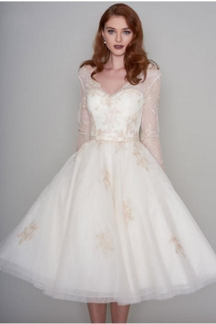Wunderschöne Hochzeitskleider Kurz mit Ärmel | Spitze Brautkleider A Linie