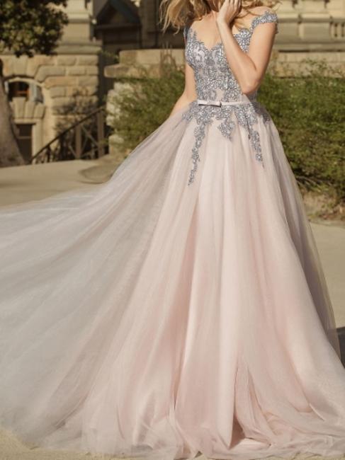 Simple wedding dresses V neckline | Sheath dresses bridal online