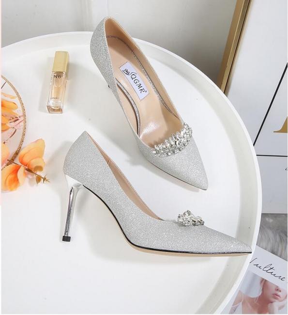 Ivory glitter wedding shoes | Wedding shoes white