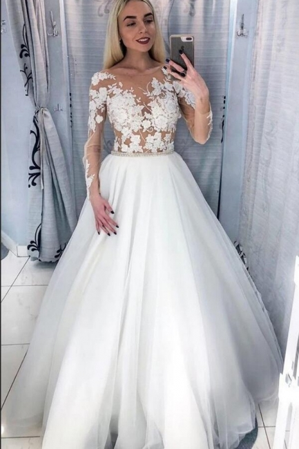 Beautiful wedding dresses with sleeves | Wedding dresses for little women