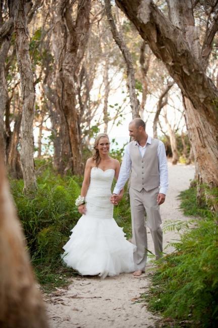 Weiß Brautkleider Günstig Organza Meerjungfrau Perlen Hochzeitskleider Brautmoden