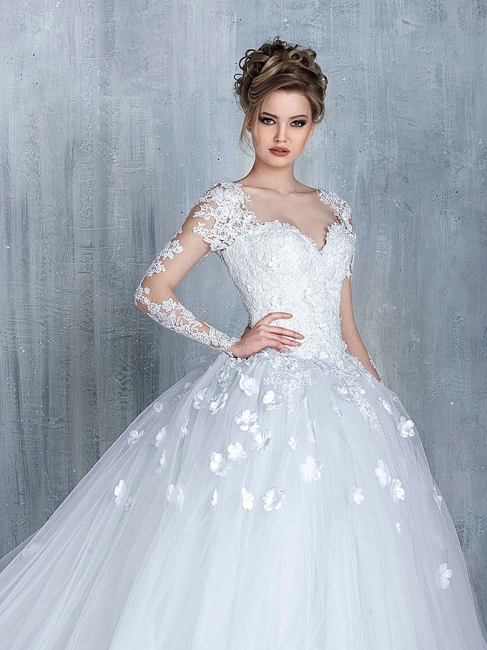 Empire Wedding Dresses With Sleeves Heart Tulle White Wedding Gowns With Lace Bridal