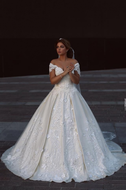 Designer White Wedding Dresses With Lace Free Shipping A Line Bridal Wedding Gowns Online