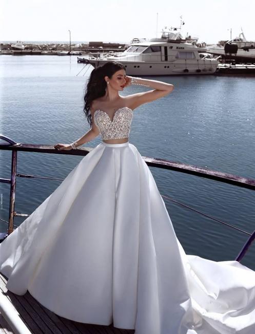 2020 Weiße Hochzeitskleider Mit Spitze A Linie Brautkleider Mit Schleppe