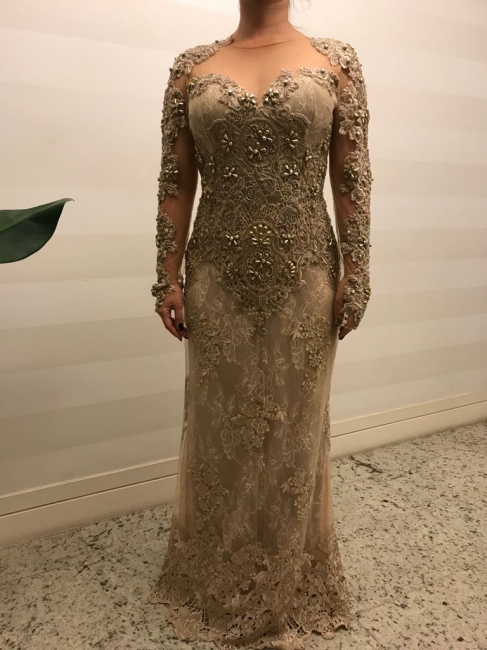 Modern Mother of the Bride Dresses Gold Lace Wedding Party Dresses Long Sleeves Online