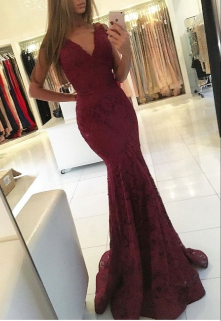 Burgundy Evening Dresses Lace Straps V Neck Mermaid Evening Wear Prom Dresses