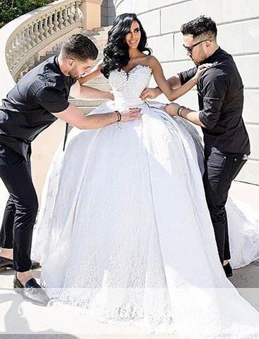 Weiße Brautkleider Mit Spitze Prinzessin Satin Brautmoden Hochzeitskleider Mit Schleppe