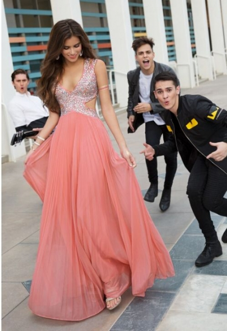Chic Prom Dresses Long Chiffon Beaded Floor Length Evening Wear Prom Dresses
