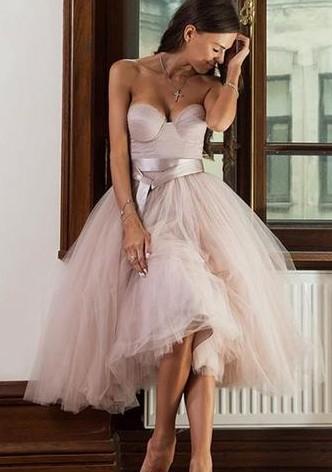 Günstig Brautjungfernkleider Kurz Herz Tüll Knielang Brautjungfernkleid Partykleider