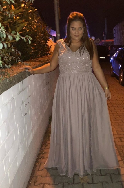 Elegant evening dresses large size | Oversized evening wear online