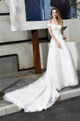 Beautiful wedding dresses with lace | Wedding dress A line_1
