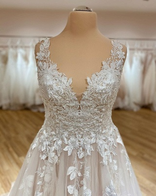 Simple wedding dress V neckline | Wedding dresses lace_2