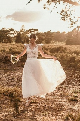 Boho wedding dresses | simple wedding dress with lace