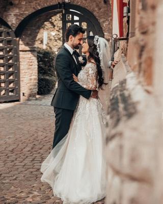 Elegante Brautkleider mit Ärmel   Hochzeitskleider A Linie Spitze_4