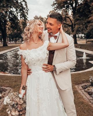 Designer Hochzeitskleider A Linie Spitze | Brautmoden Online_2