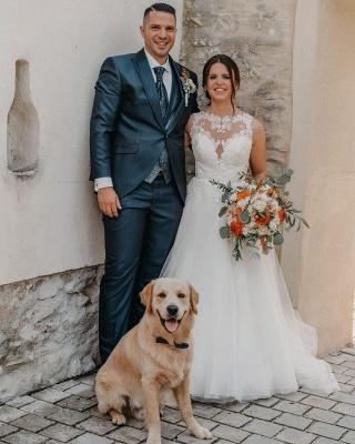 Schlichtes Hochzeitskleid A Linie | Brautkleider mit Spitze_3