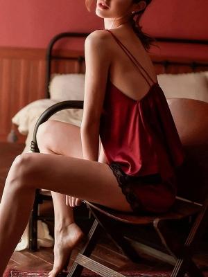 Rote Schlafanzüge Damen | 2 Teiliger Satin Pyjama Kurz_3