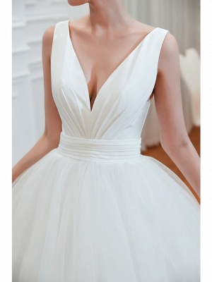 Schlichte Hochzeitskleid V Ausschnitt | Brautmoden A Linie_7