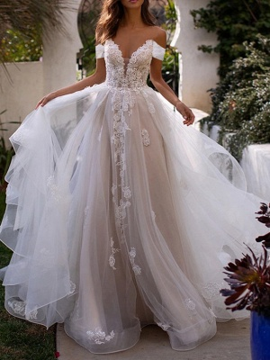 Elegant wedding dresses with lace | Tulle sheath dresses cheap online_1