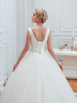 Schlichte Hochzeitskleid V Ausschnitt | Brautmoden A Linie_6