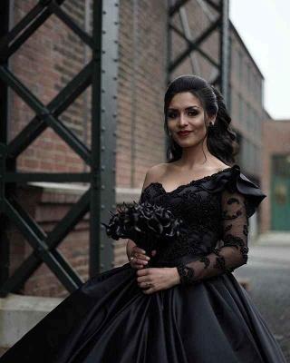 Schöne Brautkleid Schwarz | Hochzeitskleid A  Linie Mit Ärmel_4