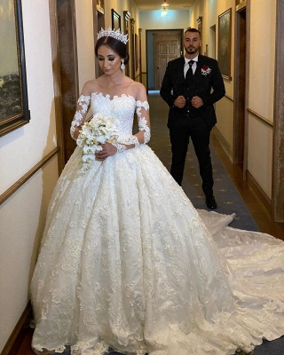 Extravagant wedding dress with sleeves | Princess wedding dresses with lace_3
