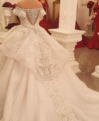 Extravagant wedding dresses | Princesses wedding dresses with lace_3