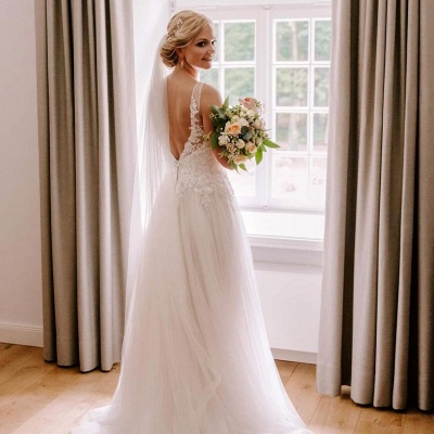 Simple wedding dress V neckline | Wedding dresses with lace_3