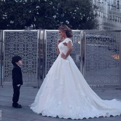 Designer White Wedding Dresses With Lace Free Shipping A Line Bridal Wedding Gowns Online_2