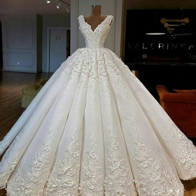 Elegant White Wedding Dresses With Lace A Line Floor Length Wedding Gowns Online_2