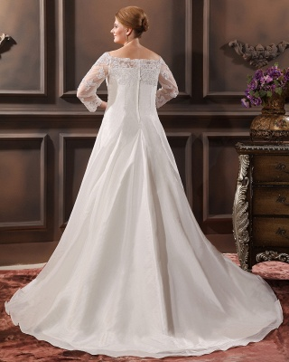 White Wedding Dresses Plus Size With Sleeves Lace Plus Size Wedding Dresses_3