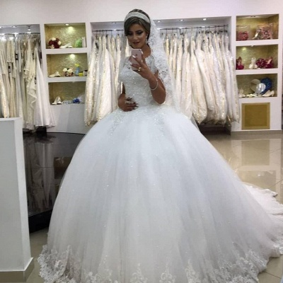 Romantic White Sleeveless Ball Gown Wedding Gowns With Lace_3