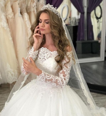 Fashion wedding dresses with sleeves | Lace bridal wear online_3
