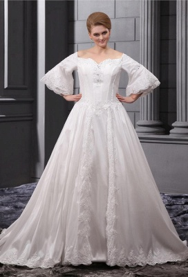 Long Sleeves Wedding Dresses Large Size With Lace A line Taffeta Plus Size Wedding Dresses_1