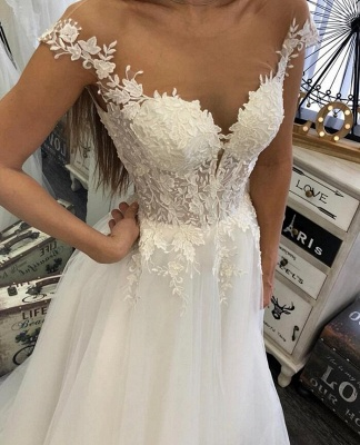 Chic wedding dresses with lace | Simple bridal wear online_2