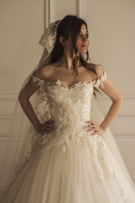 A Line Wedding Dresses White With Lace Tulle Tugs Wedding Gowns Bridal_1